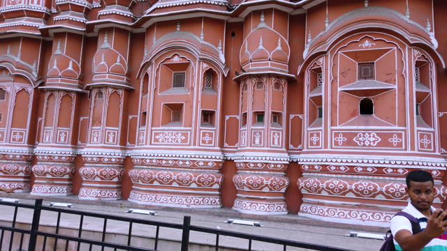 facade of the palace of winds in jaipur, rajasthan, india, asia - produced segment stock videos & royalty-free footage