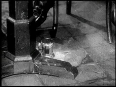facing reality - 10 of 11 - facing reality film 1954 stock-videos und b-roll-filmmaterial