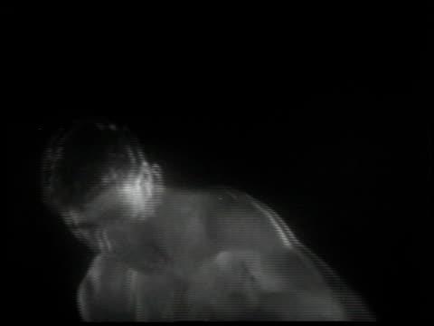 facing reality - 3 of 11 - andere clips dieser aufnahmen anzeigen 2149 stock-videos und b-roll-filmmaterial