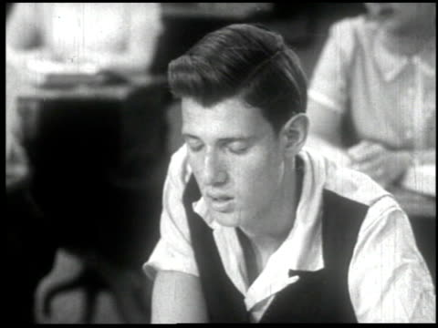 facing reality - 5 of 11 - facing reality film 1954 stock-videos und b-roll-filmmaterial