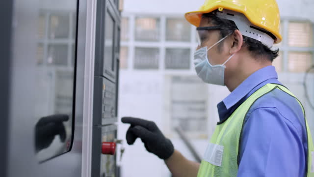 factory worker operate a machine - conveyor belt stock videos & royalty-free footage