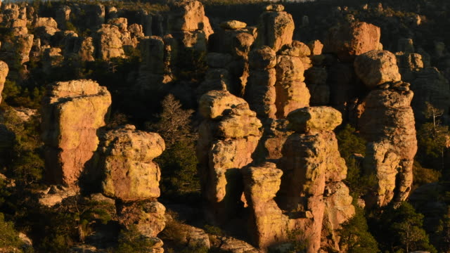 Fading light on Chiricahua National Monument, Time Lapse