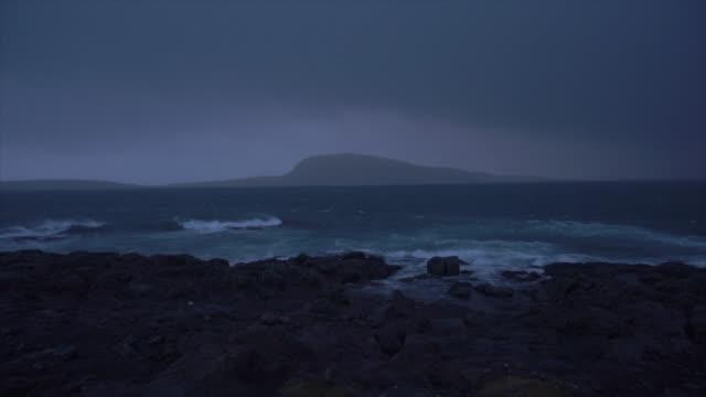 faeroe islands coast waves - 地形点の映像素材/bロール