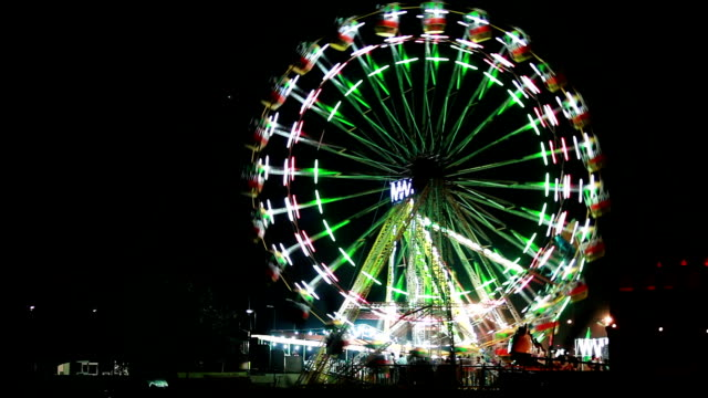 fair at night in delhi - ferris wheel stock videos & royalty-free footage