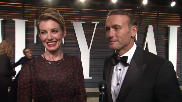 faith hill and tim mcgraw at the 2015 vanity fair oscar party hosted by graydon carter at wallis annenberg center for the performing arts on february... - oscar party stock videos & royalty-free footage
