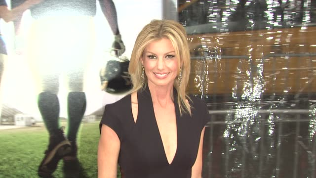Faith Hill at the New York Premiere of 'The Blind Side' at New York NY