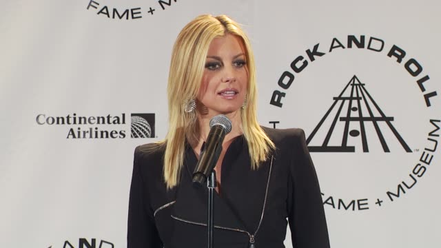 faith hill on the influence she and her husband have on each other. at the 25th annual rock and roll hall of fame induction ceremony - press room at... - 説得点の映像素材/bロール