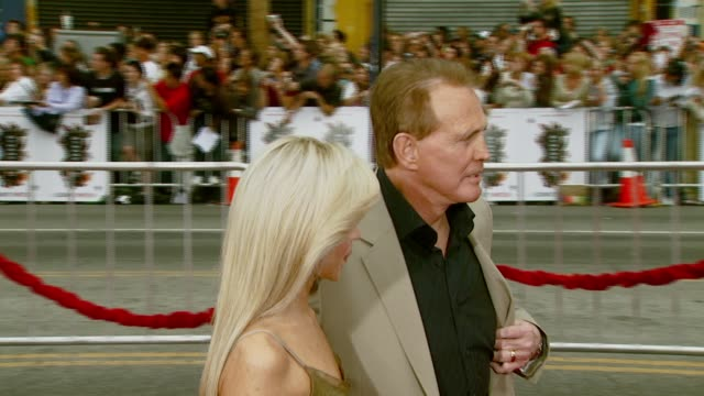 faith majors and lee majors at the 'ocean's thirteen' north american premiere at grauman's chinese theatre in hollywood california on june 5 2007 - lee majors stock videos and b-roll footage