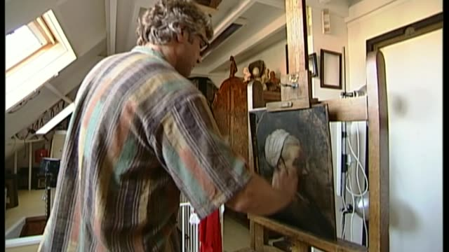 fake george stubbs painting revealed to be genuine; t10010638 - 10.1.2006 netherlands: martin bijl working on restoration of painting in his studio... - tag 1 stock-videos und b-roll-filmmaterial