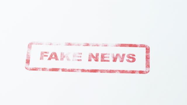 Fake News - 4K