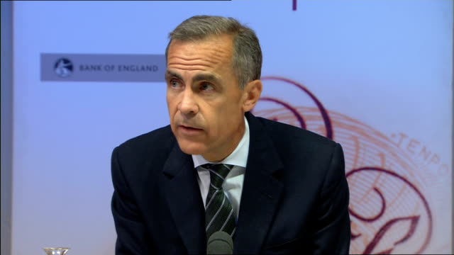 Fall in unemployment and in average earnings Bank of England press conference ENGLAND London Bank of England INT Mark Carney and other Bank of...