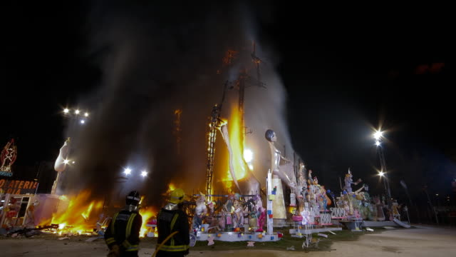 Falla Nou Campanar 2009 monument burning - Time Lapse
