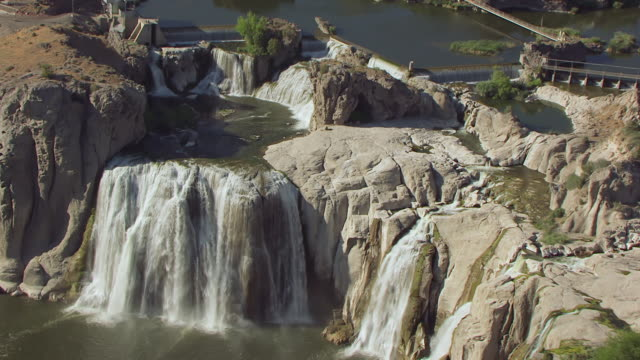 CU AERIAL Falls and pull out to reveal Shoshone Falls / Idaho, United States