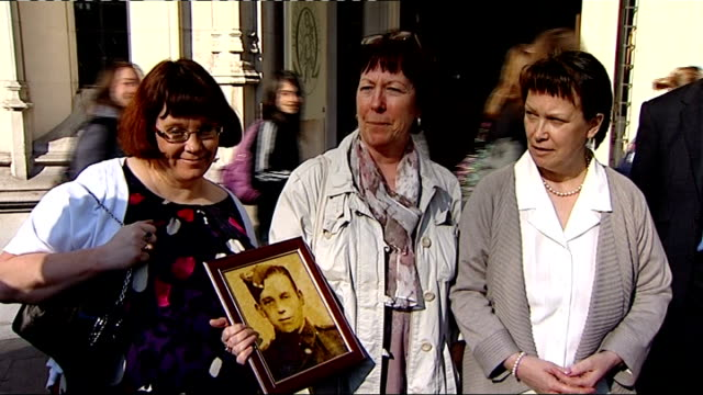 families win compensation fight over asbestos related deaths england london supreme court ext photograph of one of victims of asbestos related cancer... - asbest stock-videos und b-roll-filmmaterial