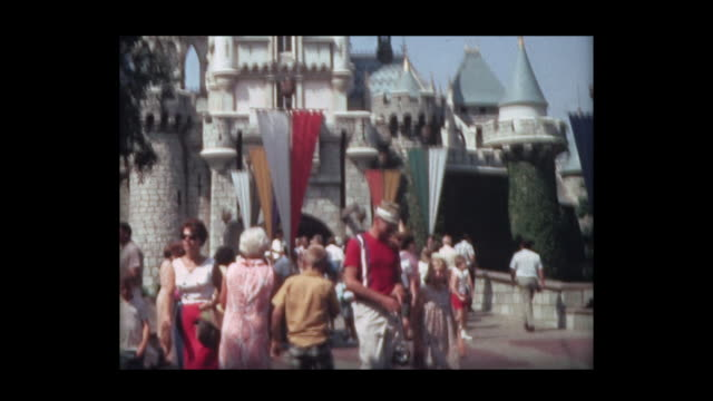 1966 family at Disneyland 4