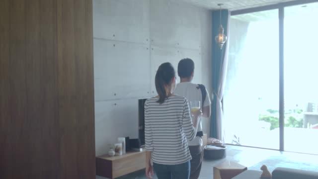ご自宅のご家族  - ライフスタイル点の映像素材/bロール