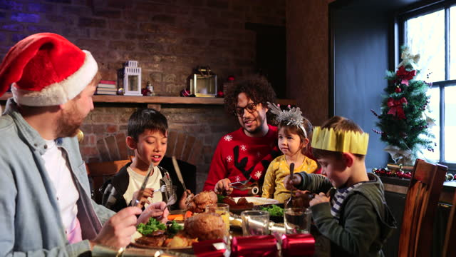 family christmas dinner - five people stock videos & royalty-free footage