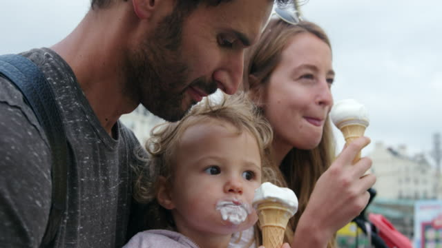 family eating ice creams - 12 17 months stock videos & royalty-free footage