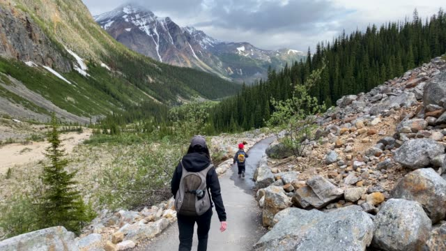 family hiking at mount edith cavell, jasper, canada - maligne river stock videos & royalty-free footage