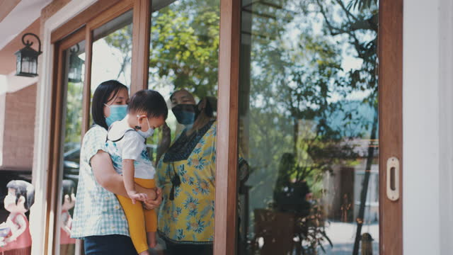 family home quarantine - emotional support stock videos & royalty-free footage