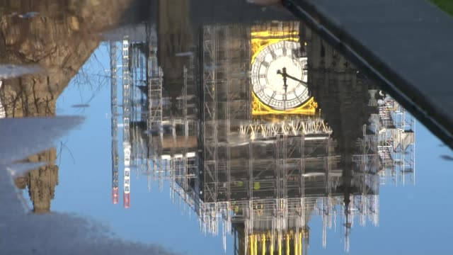Family involved in crash highlight dangers of smart motorways T18121709 / London Westminster EXT Big Ben covered in scaffolding seen reflected in...