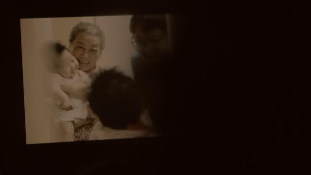 vídeos y material grabado en eventos de stock de memoria familiar - recordatorio