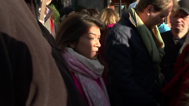 family of abducted barrister ahmad bin quasem visited by police t28111724 / london hampstead ext tulip siddiq mp attending march in support of... - nazanin zaghari ratcliffe video stock e b–roll