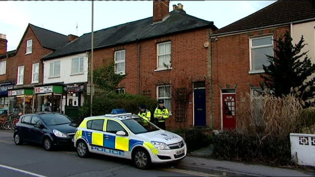 stockvideo's en b-roll-footage met family of carbon monoxide poisoning victim campaign for better awareness lib katie haines' house police officers and police car outside - carbon monoxide