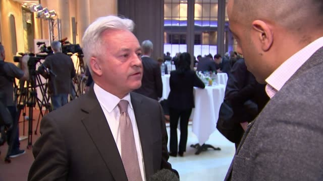 family of is bride shamima begum pleads with british government to bring her home germany bavaria munich hotel bayerischer hof int sir alan duncan mp... - alan duncan stock-videos und b-roll-filmmaterial