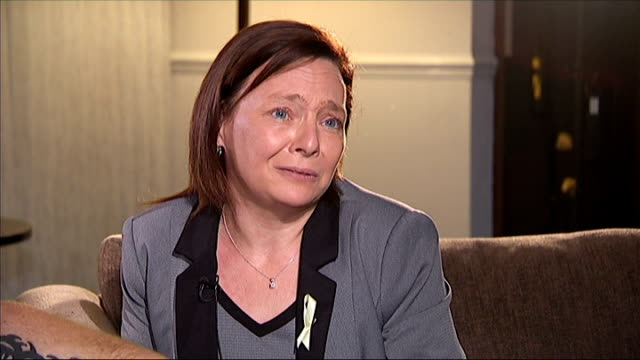 family of murdered british hostages appeal for unity against the islamic state terrorists scotland perth int barbara henning interview sot michael... - 殺人被害者点の映像素材/bロール