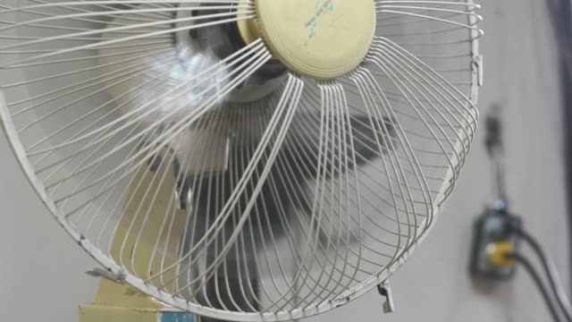 fan - ventilator stock-videos und b-roll-filmmaterial