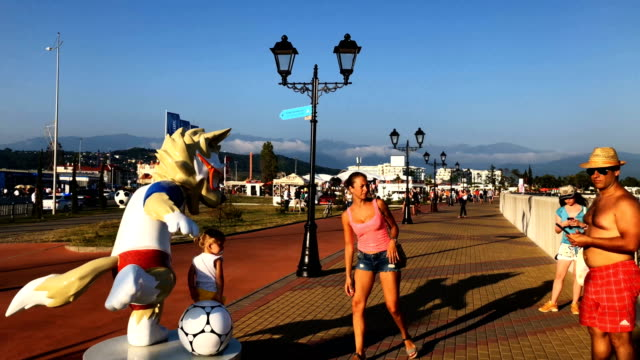 vídeos y material grabado en eventos de stock de fans ahead of the game against spain. during the 2018 fifa world cup russia round of 16 match between uruguay and portugal at fisht stadium on june... - uruguay
