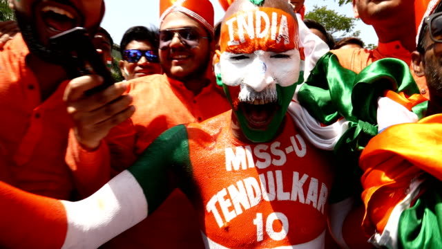fans arrive for game two of the one day international series between india and australia at vidarbha cricket association ground on march 05, 2019 in... - cricket video stock e b–roll