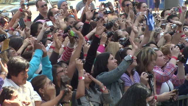 atmosphere fans at backstreet boys celebrate 20 year career with star on the hollywood walk of fame atmosphere fans at backstreet boys celebrate 20... - backstreet boys stock videos & royalty-free footage