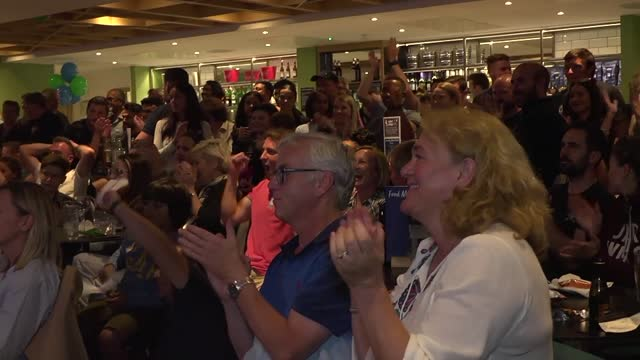 fans at parklangley club in beckenham celebrate as emma raducanu takes the first set in her us open final against leylah fernandez. raducanu played... - celebratory event stock videos & royalty-free footage