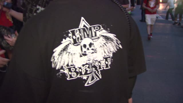 fans at the limp bizkit announces first major u.s. tour in more than nine years at new york ny. - limp bizkit stock videos & royalty-free footage