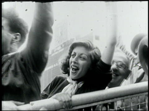 Fans cheering at the 1949 World Series Game between the New York Yankees and Brooklyn Dodgers Baseball Fans Cheer at the 1949 World Series Game on...