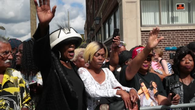 fans of aretha franklin gather outside of the new bethel baptist church the church once ministered by her father rev cl franklin for a final public... - soul music stock videos & royalty-free footage