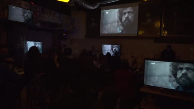 CHL: Now our watch is ended: fans gather for GOT finale