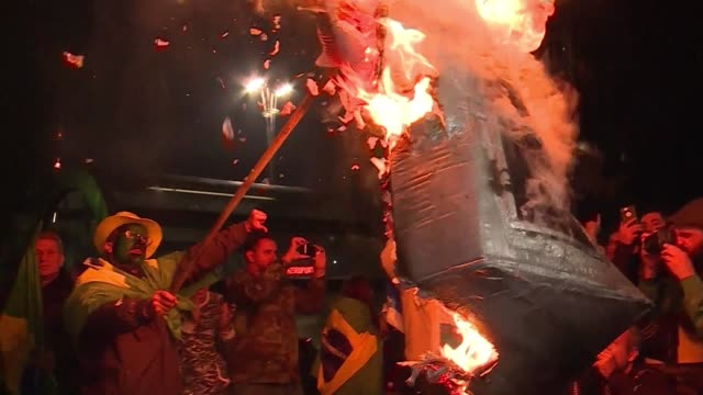 far right candidate jair bolsonaro's supporters protest in sao paulo claiming that problems in the first round of brazil's presidential elections... - assertiveness stock videos & royalty-free footage