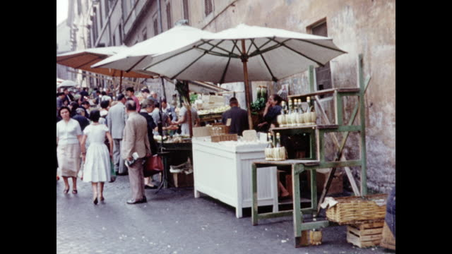 1960 farmer's market - rome, italy home movie - italian culture stock-videos und b-roll-filmmaterial