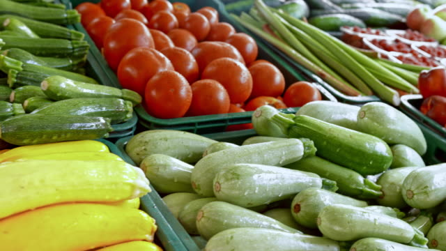 ds farmer's produce on the market stall - pepper vegetable stock videos & royalty-free footage