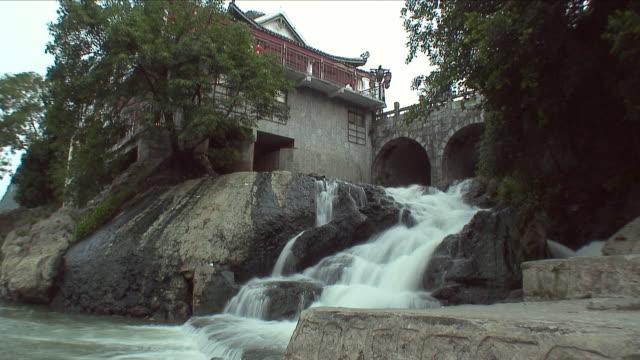WS Farmhouse with waterfall / Yangshuo, Guangxi, China