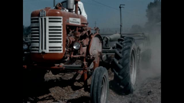 farming potatoes in the pacific northwest in the 1960's. - agricultural machinery stock videos & royalty-free footage