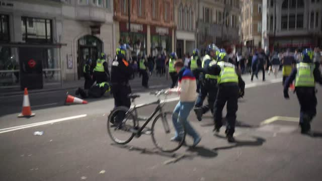 far-right protesters clash with riot police on june 13, 2020 in london, united kingdom. following a social media post by the far-right activist known... - social justice concept stock videos & royalty-free footage