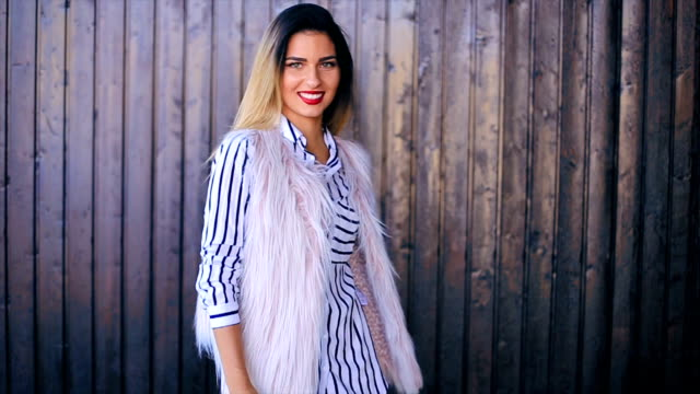 Fashion blogger dictating trends