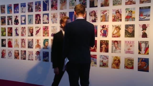 Vogue 100 Gala Dinner Damian Lewis interview SOT / Kate Moss along red carpet / Charlotte Tilbury along