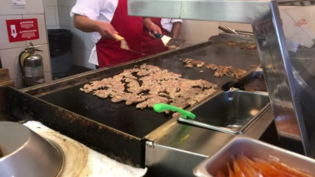 fast food restaurant chicken grill - fast food stock videos & royalty-free footage