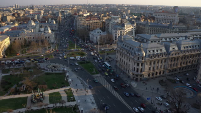 Fast motion of high traffic in the city of Bucharest