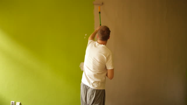 Fast motion Painting wall